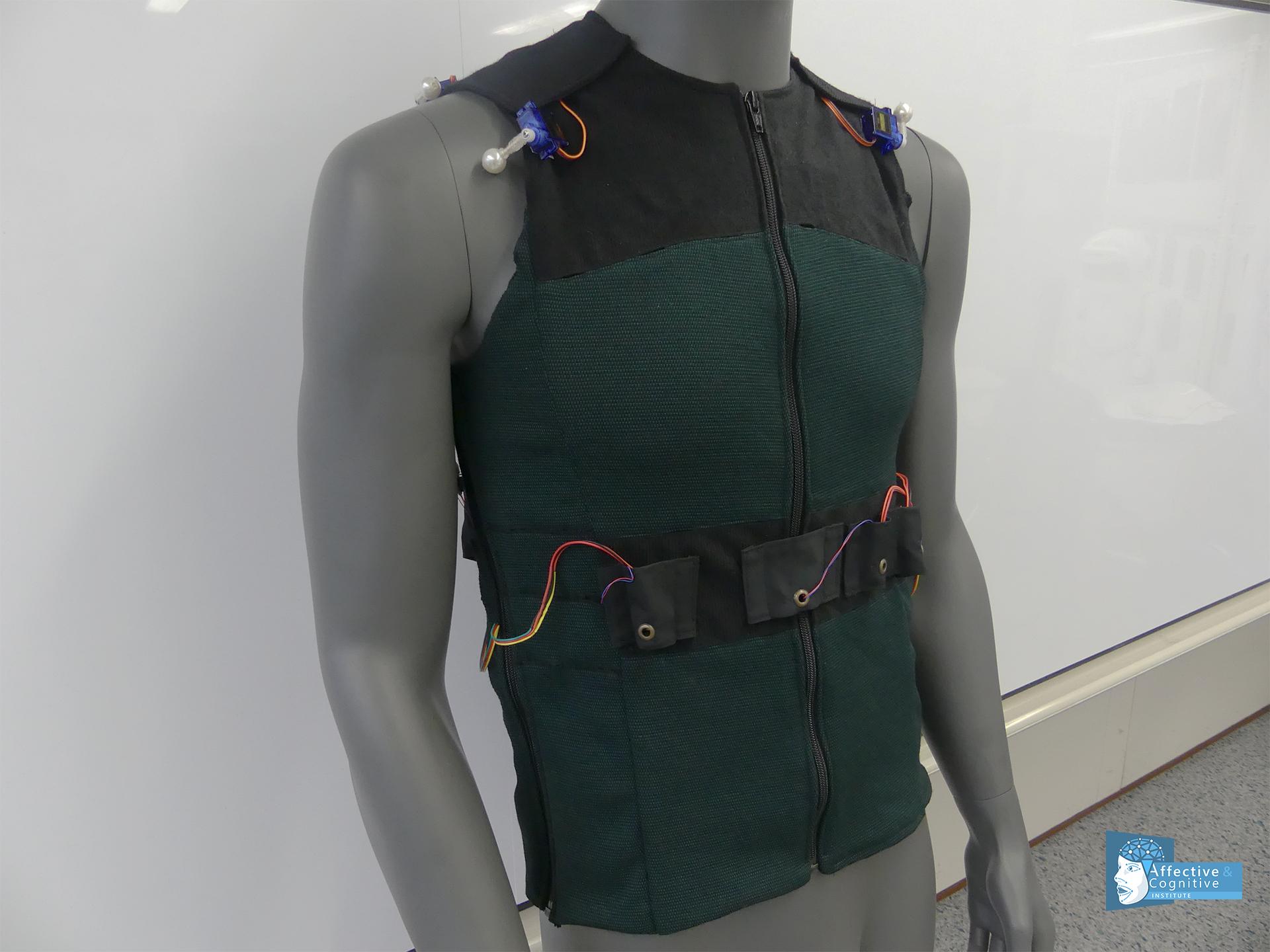 Garment Vest Prototype of SUITCEYES